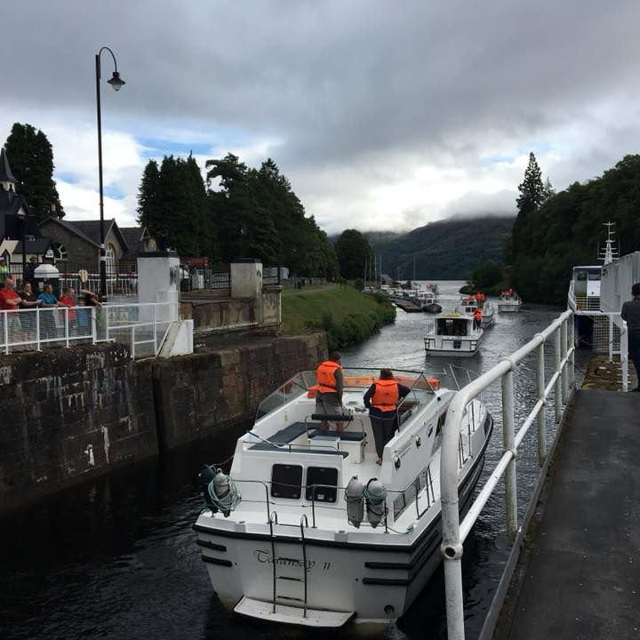 Boats using the Caledonian Canal